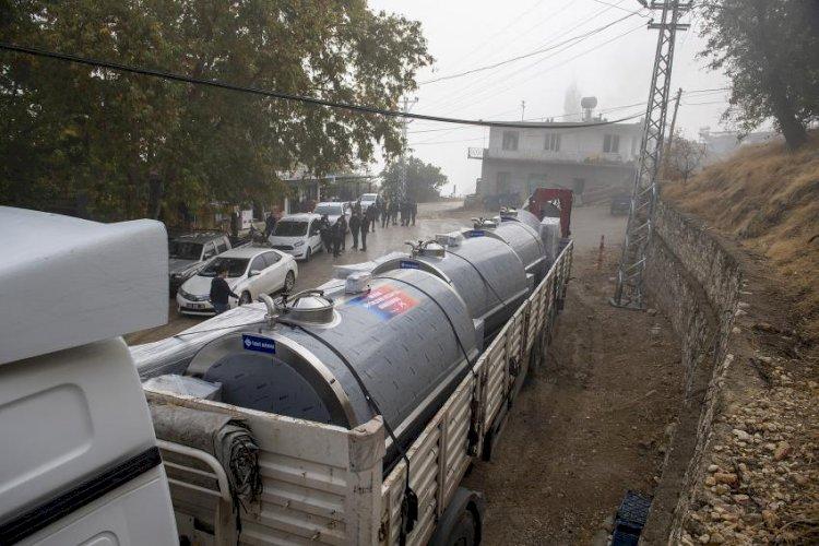 Mersin Büyükşehir Üreticinin Yanında: 5 Kooperatife 'Süt Soğutma Tankı' Verildi
