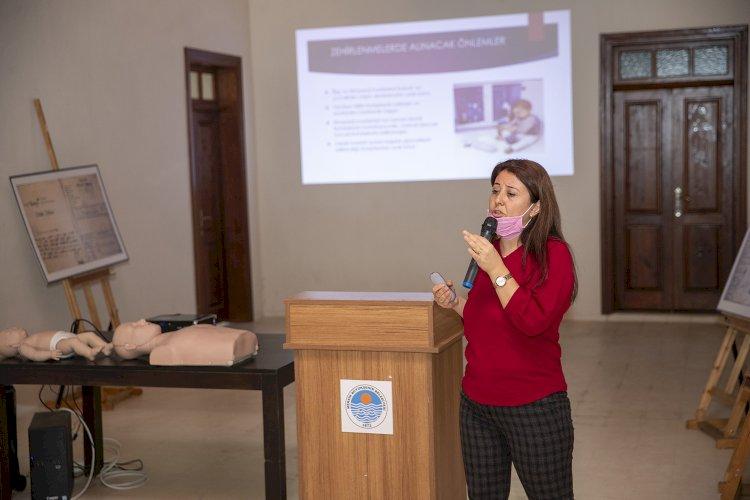 """Gazi Çiftliği'nde Kadınlara """"Ev Kazaları Ve İlk Yardım Eğitimi"""""""