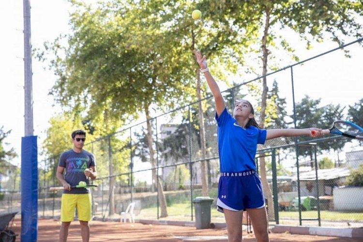 Mersin  Büyükşehir  GSK, Tenis Çalışmalarını  Sürdürüyor