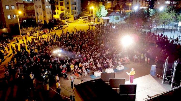 Tarsus'ta Açık Havada Tiyatro Keyfi