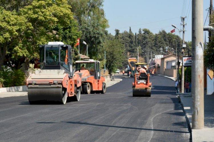 Tarsus'ta Kazım Karabekir Caddesi Sıcak Asfaltla Kaplandı